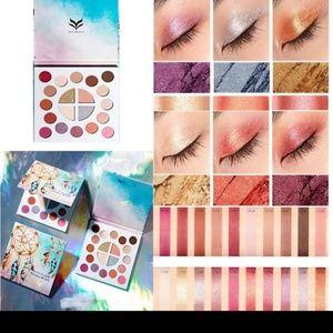 Brand New Dreamcatcher Eyeshadow Palette